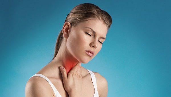 Боль в горле - симптом простудных заболеваний