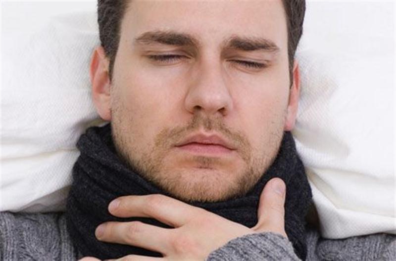 Кашель + першит горло – чем лечить такие неприятные симптомы? Читайте в нашем руководстве.