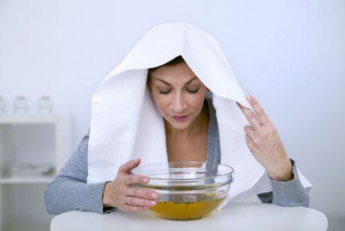 Во время проведения ингаляций следует соблюдать осторожность, чтобы не обжечь горячим паром чувствительную слизистую носоглотки
