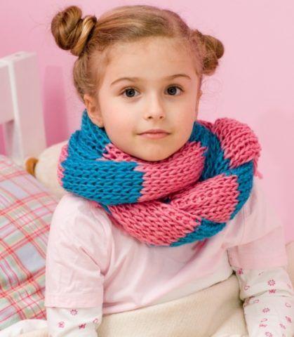 Если у ребенка красное горло, то шарф далеко не аксессуар, а средство терапии