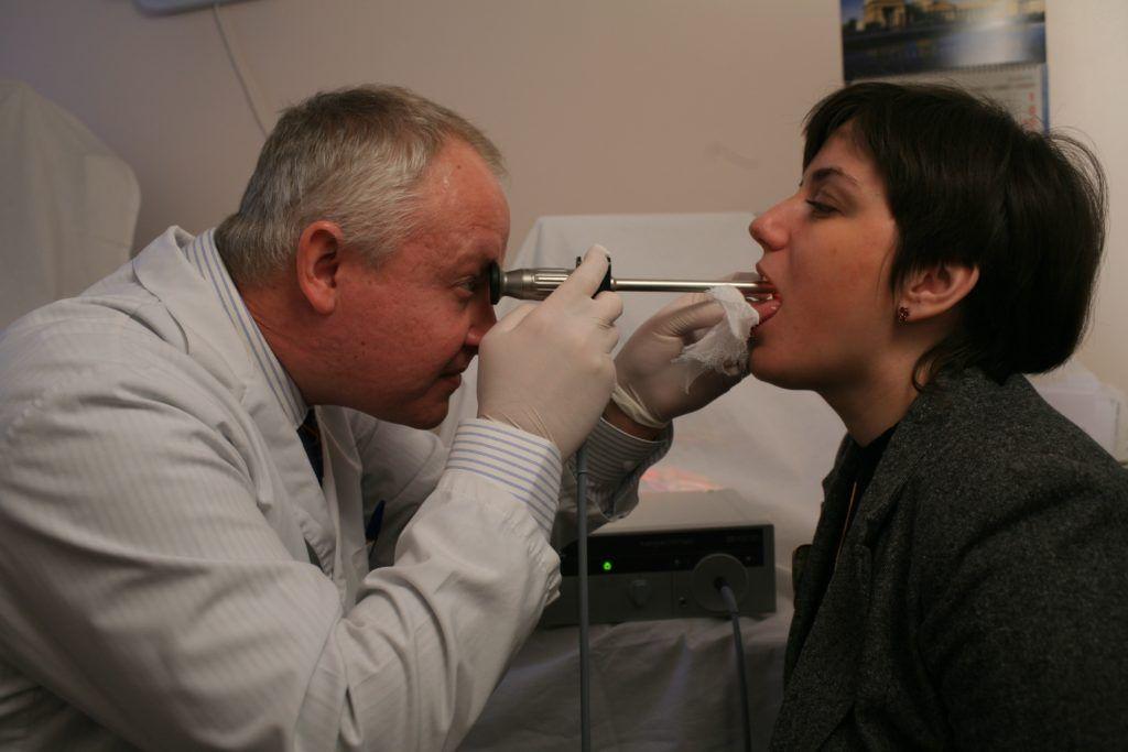 Метод фиброскопической ларингоскопии.
