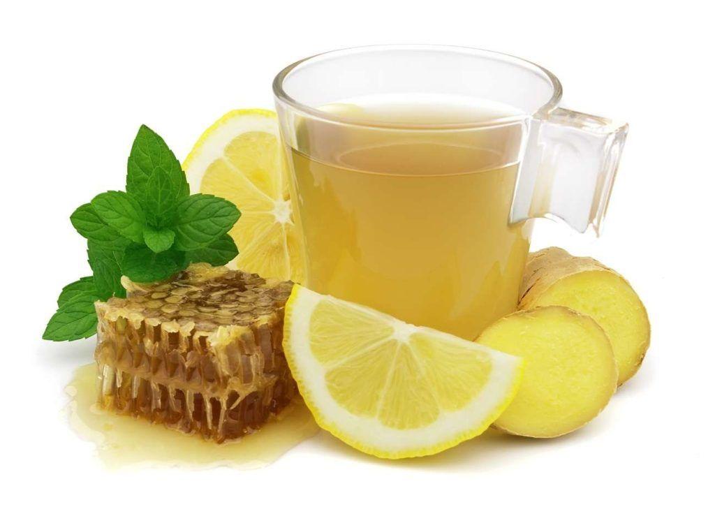 Напиток с имбирем, лимоном и медом - отличное средство для укрепления иммунитета