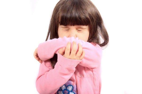 Но все же бывают ситуации, когда кашель мучит ребенка и после проведения аденотомии