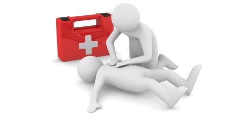 Оказывая первую помощь пострадавшему с ожогом гортани, следуйте нашей пошаговой инструкции и видео руководству