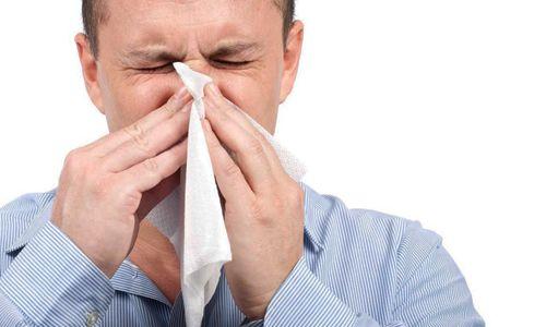 Определить тип инфекции при остром ринофарингите может только врач