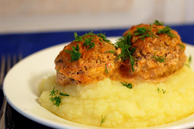 При фарингите нужно употреблять в пищу мягкие по консистенции блюда