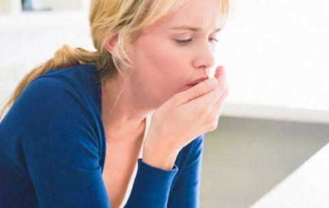 Причины скопления вязкой слизи в горле в большинстве случаев связаны с острыми или хроническими патологиями носоглотки и пульмонологическими заболеваниями