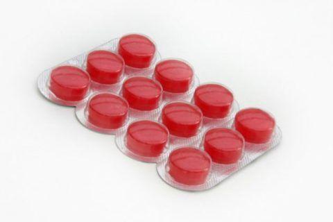 Таблетки красного цвета