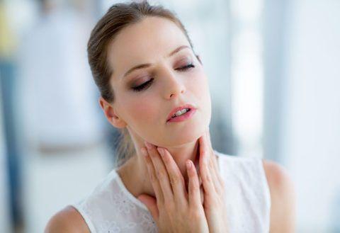 Как устранить слизь в горле – самолечение часто вызывает усугубление болезней, спровоцировавших появление этого явления