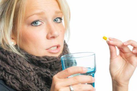 Лекарства для рассасывания хорошо работают в составе комплексного лечения, которое назначает только лечащий врач