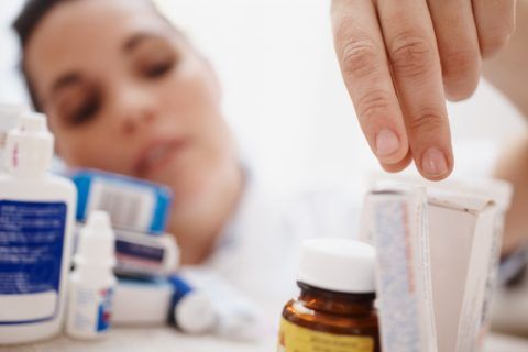 Не спешите пить антибиотики при фарингите