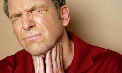 Ангина фолликулярного типа – самая частая причина прыщей в горле
