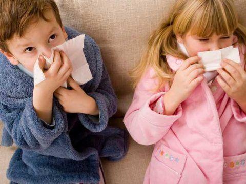 Отсутствие своевременного лечения насморка может привести к серьезным последствиям, например, развитию гнойного ринита.
