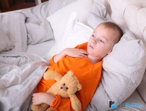 Лечение катаральной ангины включает постельный режим