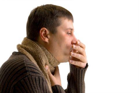 Неприятный симптом ларингита — постоянный кашель