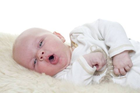 Ребёнок заболел, нужно срочно проверить горло