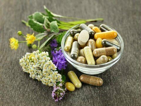 Таблетки и травы (фото)