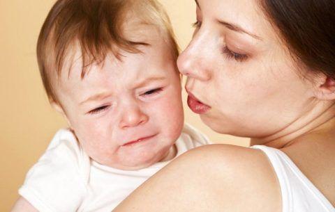 Капризы и плач у грудничка