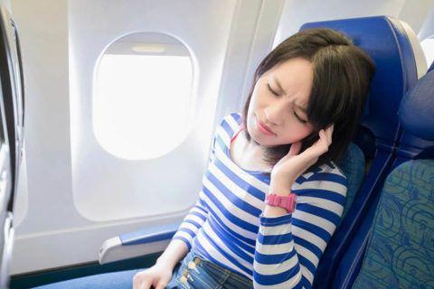 Перелет с отитом может доставить не мало боли и неудобств